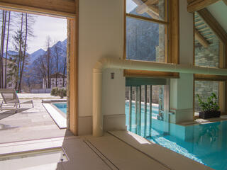 mirahotels en swimming-pool-and-spa-g42 015