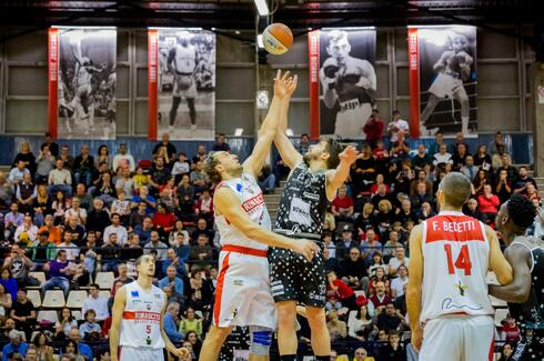 rinascitabasketrimini it news-tabellino-partite-t6 005