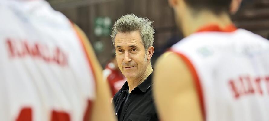 rinascitabasketrimini it fortitudo-alessandria-rivierabanca-basket-rimini-prepartita-con-coach-massimo-bernardi-n3163 002