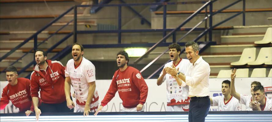 rinascitabasketrimini it oleggio-magic-basket-rivierabanca-basket-rimini-prepartita-con-coach-massimo-bernardi-n3168 002