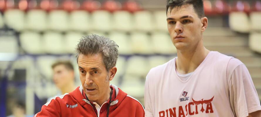 rinascitabasketrimini it rivierabanca-basket-rimini-fulgor-omegna-prepartita-con-coach-massimo-bernardi-n3172 002