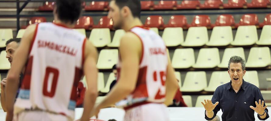 rinascitabasketrimini it rivierabanca-basket-rimini-fulgor-omegna-post-partita-con-coach-massimo-bernardi-n3174 002
