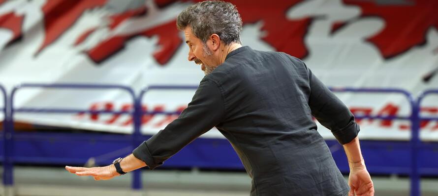rinascitabasketrimini it rivierabanca-basket-rimini-san-giobbe-chiusi-post-partita-con-coach-massimo-bernardi-n3216 002