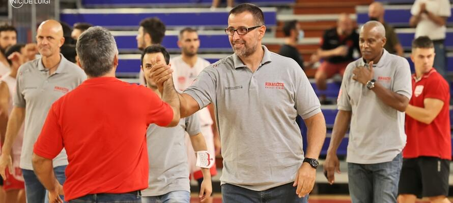 rinascitabasketrimini it rivierabanca-basket-rimini-pallacanestro-senigallia-post-partita-con-coach-mattia-ferrari-n3283 002