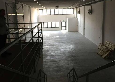 casa-impresa it vendita-affitto-immobili-commerciali 021