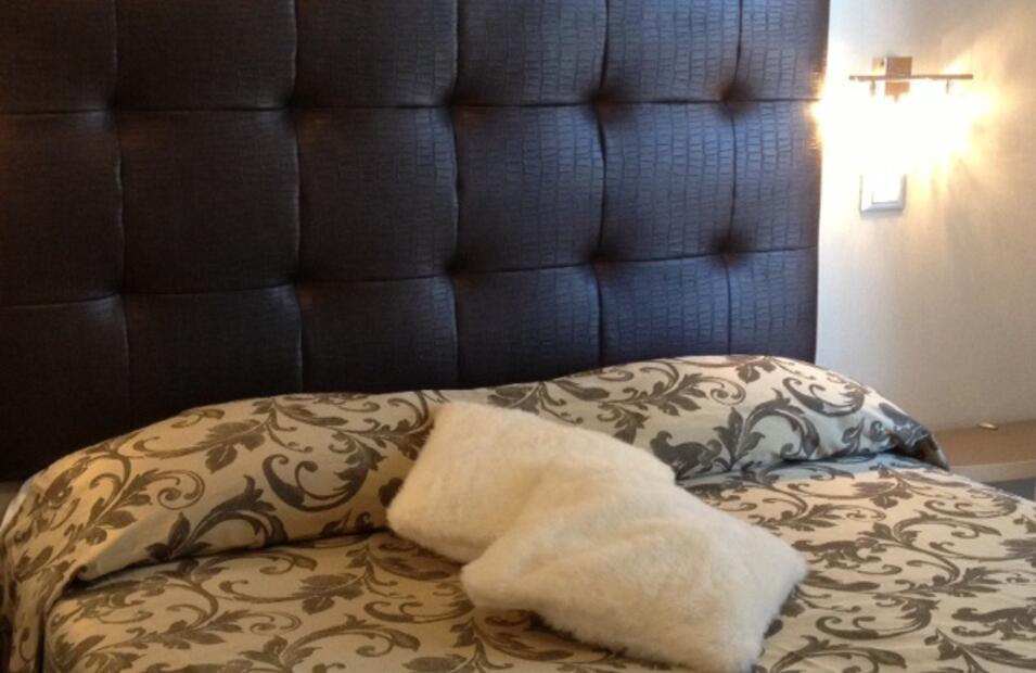 hotelvillapaola fr chambre-deluxe-cinema 020