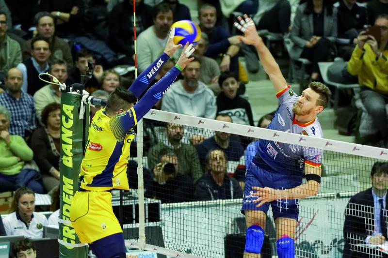 Superlega Volley Calendario.Volley Superlega La Consar Prova A Coltivare Il Sogno Play